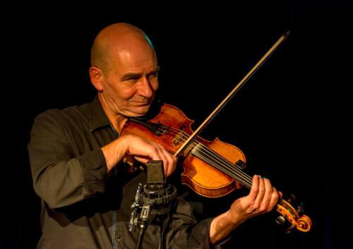 Meijers, Marjolein - Famillie Band - WP 20150101 - 24 - A4 - Rens van der Zalm - nt - web